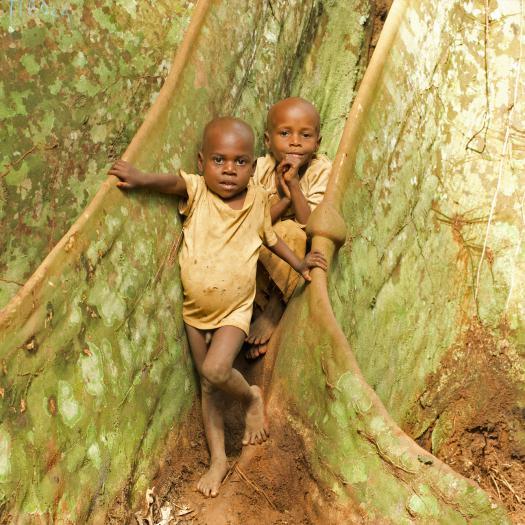 Sumba & Mikouma au campement d'Awolowolo / Est Cameroun